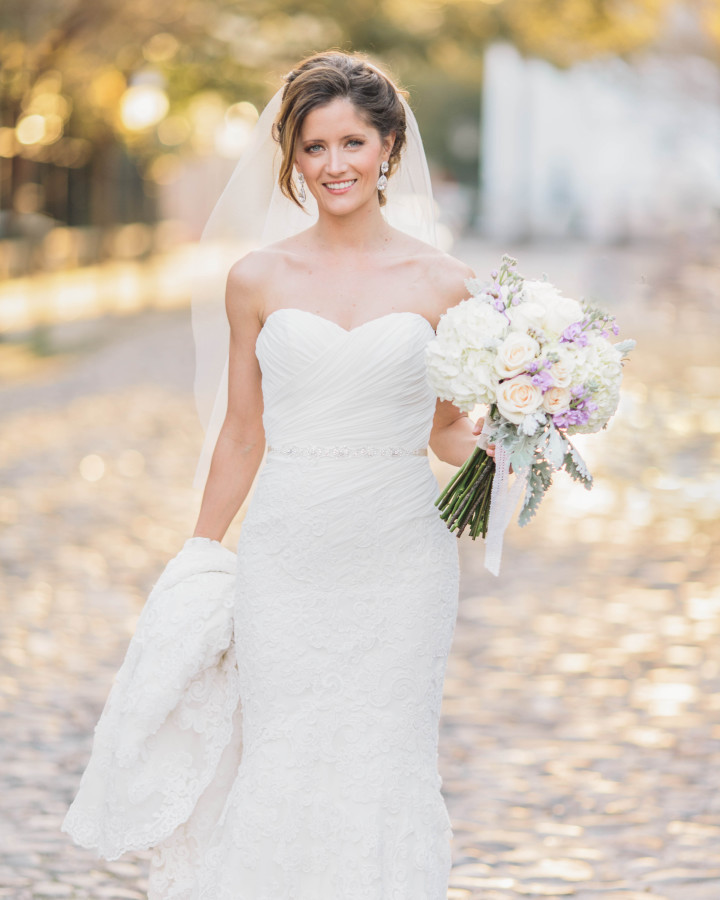 Breathtaking bride in golden light on Charleston