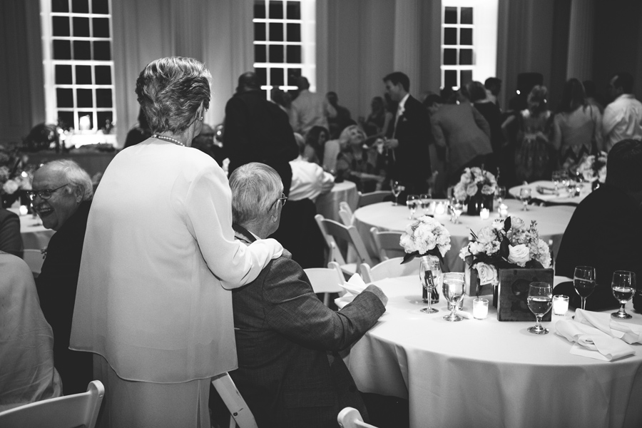 spring-wedding-historic-Charleston-First-Baptist-Carolina-Photosmith-037