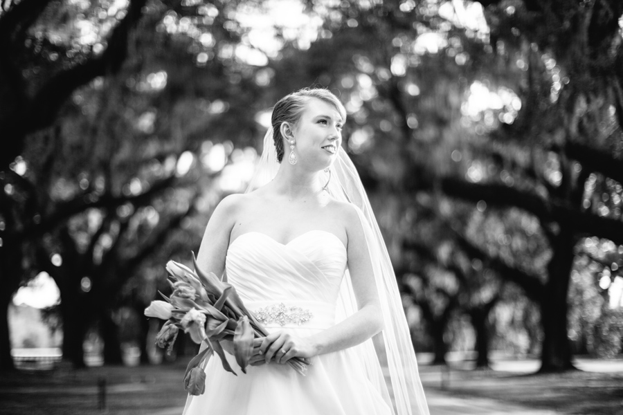 Boone-Hall-bridal-portrait-Carolina-Photosmith-003