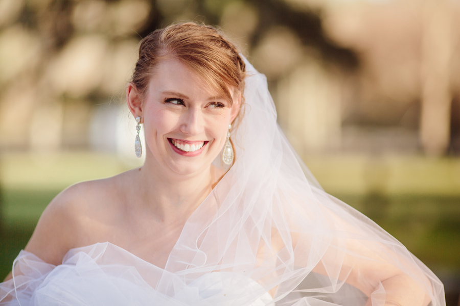 Elegant-spring-bridal-portraits-by-Carolina-Photosmith-Charleston-005
