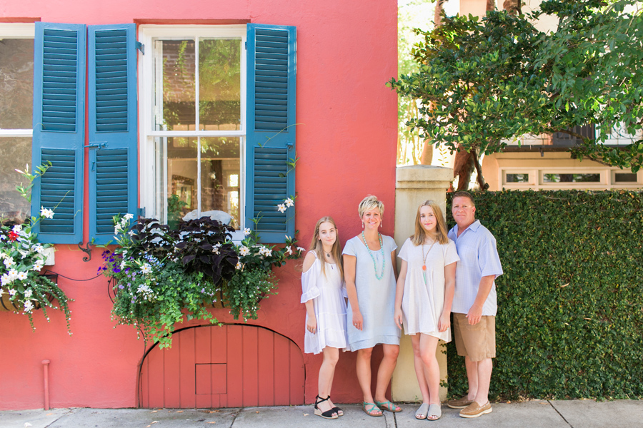 Combined-family-and-senior-session-in-historic-Charleston-006