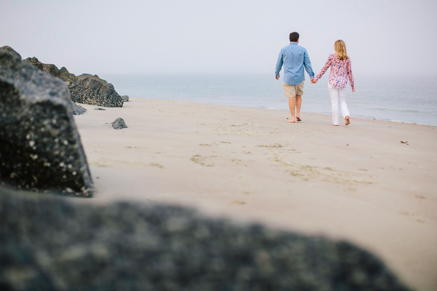 fun-foggy-Folly-Beach-engagement-session-011