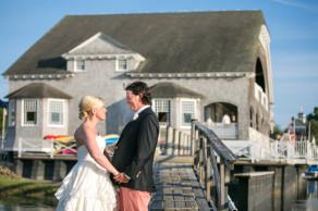 Newlyweds in June at Kennebunk River Club. © Carolina Photosmith