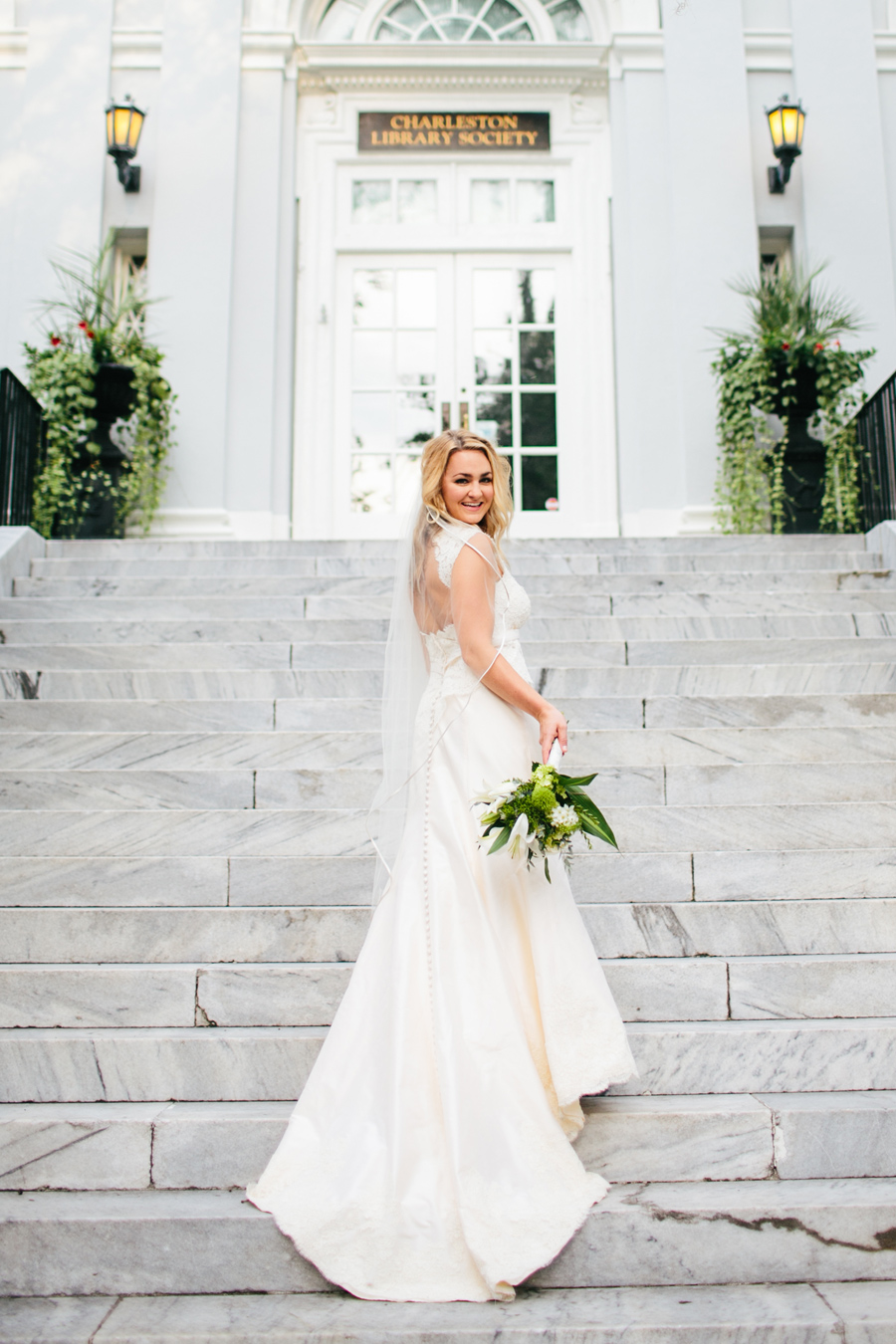 022-Sarah-historic-Charleston-bridal-portraits-by-Carolina-Photosmith-