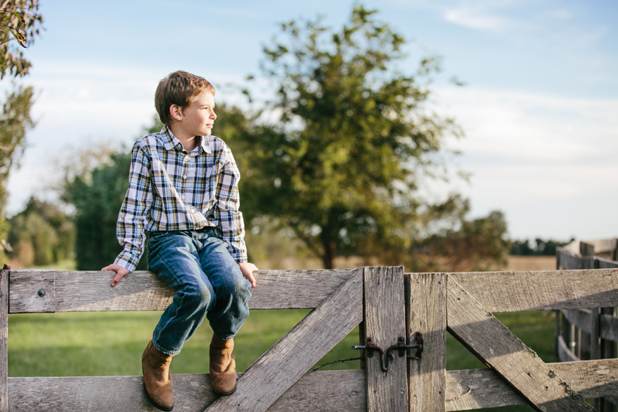 254-Charleston-lifestyle-family-photography-marsh-pasture-trees-