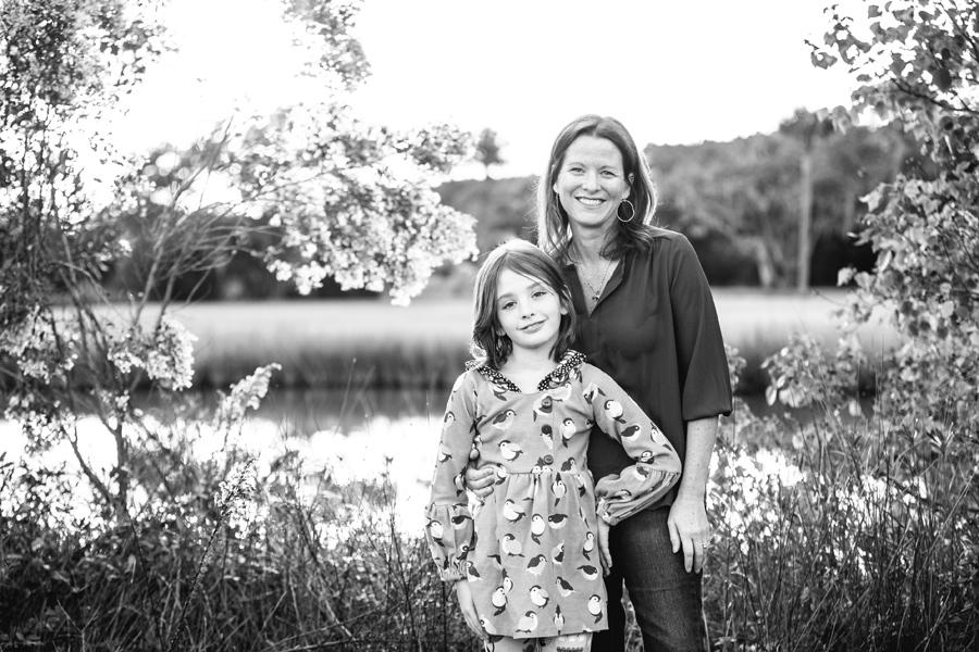 265-Charleston-lifestyle-family-photography-marsh-pasture-trees-