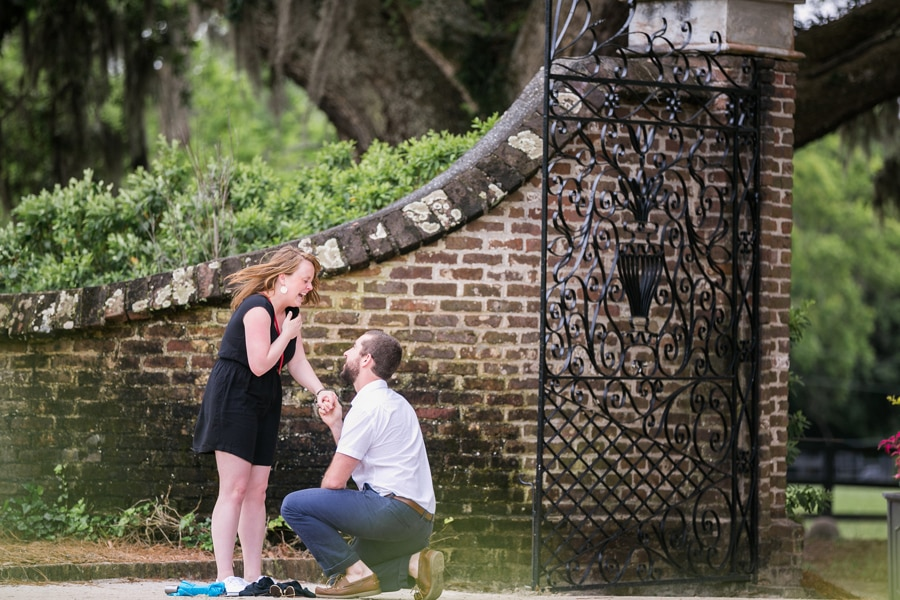 366-Surprise-proposal-Charleston-Boone-Hall-Carolina-Photosmith-