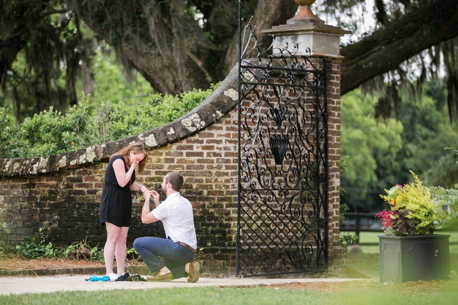 367-Surprise-proposal-Charleston-Boone-Hall-Carolina-Photosmith-