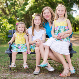 Ditch the white shirts and let me make colorful family photos. © Carolina Photosmith