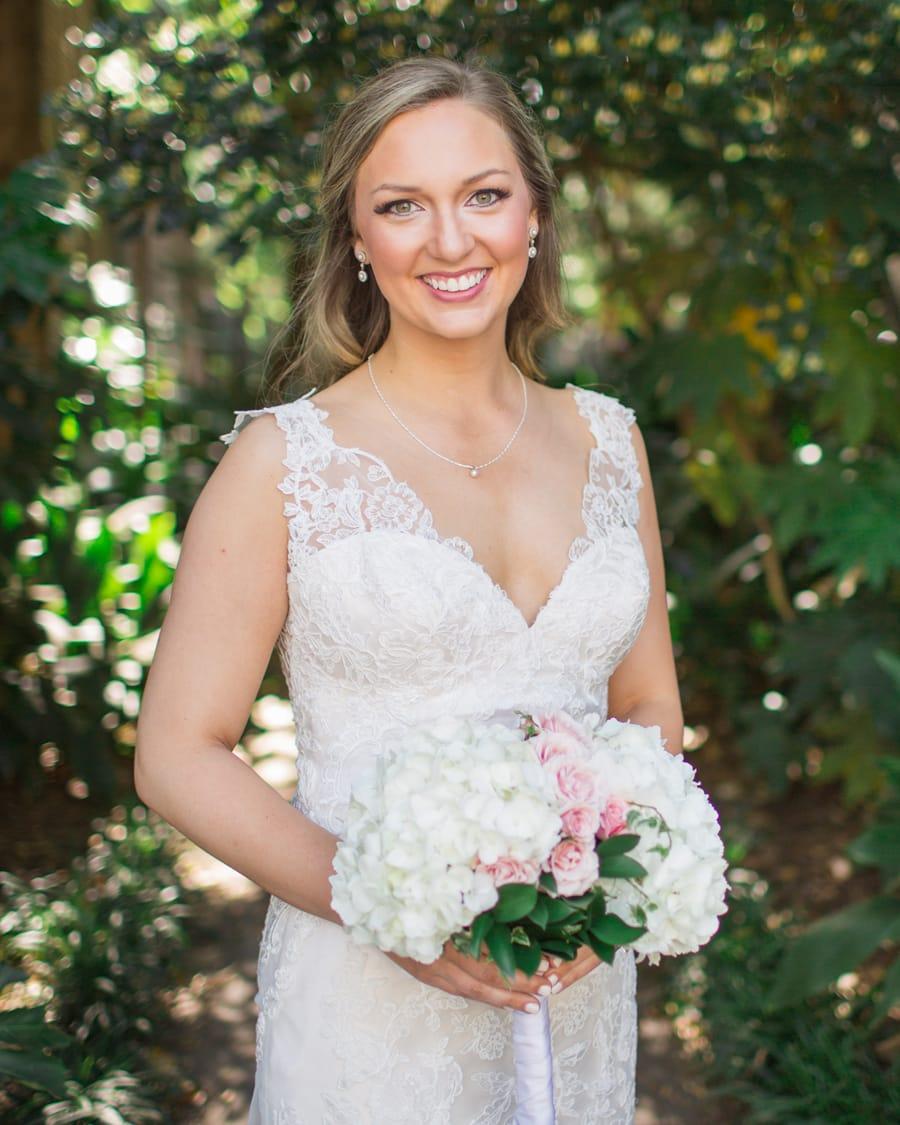 Elegant Charleston bridal portraits historic venue © Carolina Photosmi